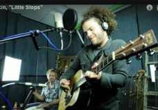 Second Story Garage: Rob Drabkin performs 'Little Steps'