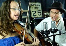 Mike + Ruthy perform 'Raise Your Glasses High'