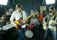 Grant Farm perform 'Times Have Changed'