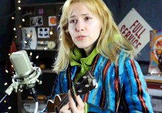 Second Story Garage: Nellie McKay performs 'Bluebird'
