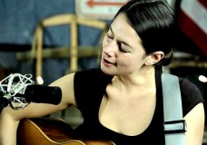 Second Story Garage: Bonnie and Annie Paine perform 'Stolen'
