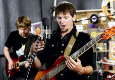 Second Story Garage: Soap performs 'Take a Chance'