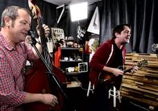 Jeff Austin Band perform '15 Steps'