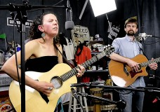 Dave McGraw & Mandy Fer peform 'Dark Dark Woods'