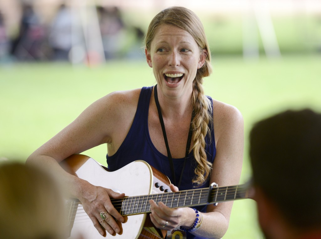 Musicians flock to The Song School at Planet Bluegrass before Folks Fest