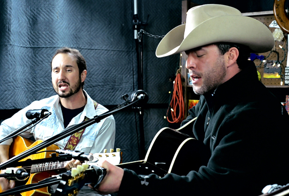 Aaron Watson performs 'Real Good Time'
