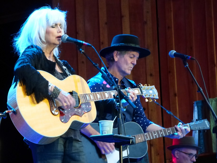 Richard Thompson's acoustic barrage and the beautiful twang of Emmylou and Rodney