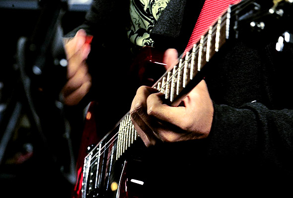 Second Story Garage: I Sank Molly Brown perform 'All Mom Blues Band'