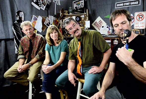 The Larry Keel Experience chat with Quentin Young