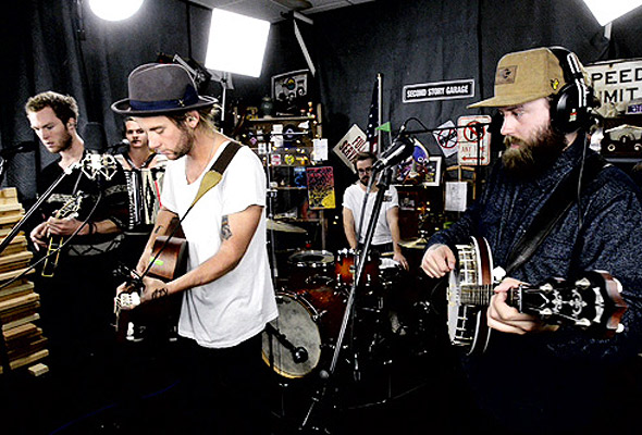 Judah & the Lion perform 'Back's Against the Wall'