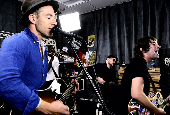 Plain White T's perform 'American Nights'